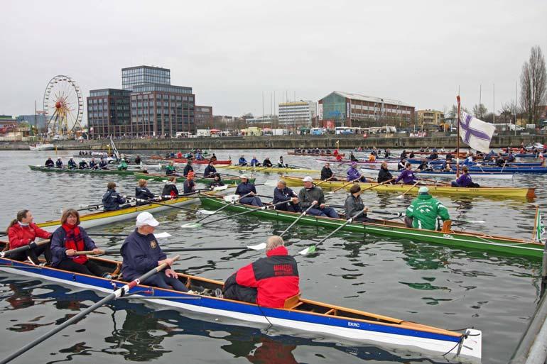 Ruderboote Kieler Rudervereine treffen sich zum Anrudern in die Saison 2012