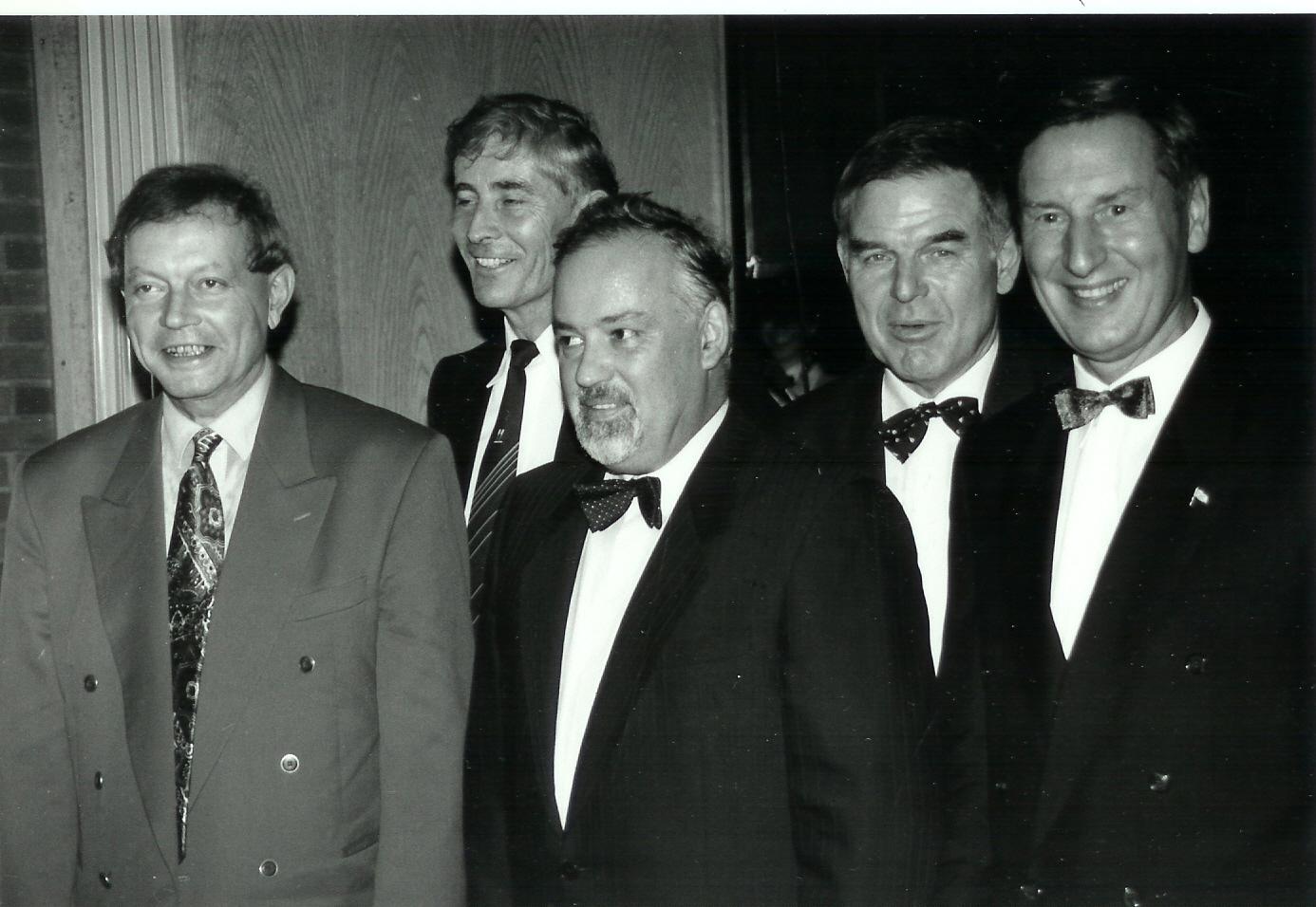 Fünf erste Vorsitzende der RG Germania (vl. Jörn Alwes, Hartwig Lange, Rainer Küster, Dieter Kontradowitz und Uwe Zwingmann) 11.1993
