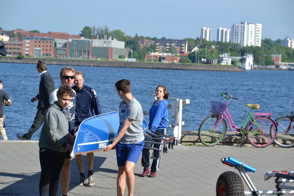 """Benefiz-Regatta """"Rudern gegen Krebs"""" am 1. Juni 2013 in Kiel"""