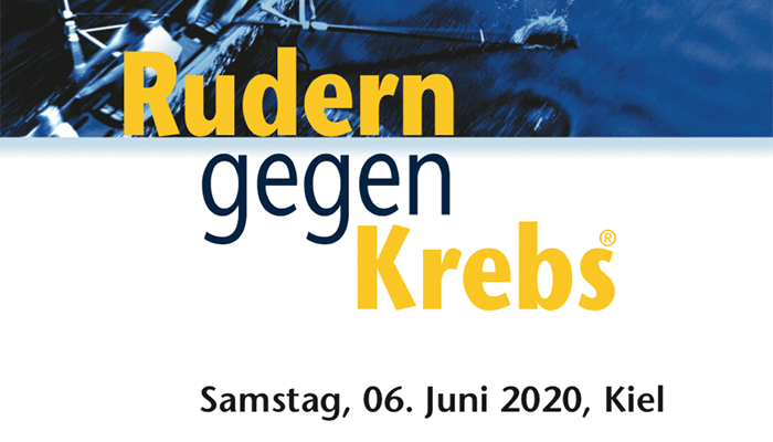 """Schriftzug """"Rudern gegen Krebs"""" Samstag, 6. Juni 2020, Kiel im Hintergrund Draufsicht auf einen Teil eines Ruderboots"""