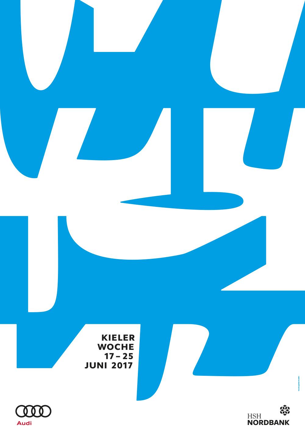 Blaue und weiße Kiele, Schwerter und Finnen, die Segelbooten unter Wasser Stabilität verleihen und gleichzeitig das Wasser schneiden, zieren das offizielle Kieler-Woche-Plakat 2017